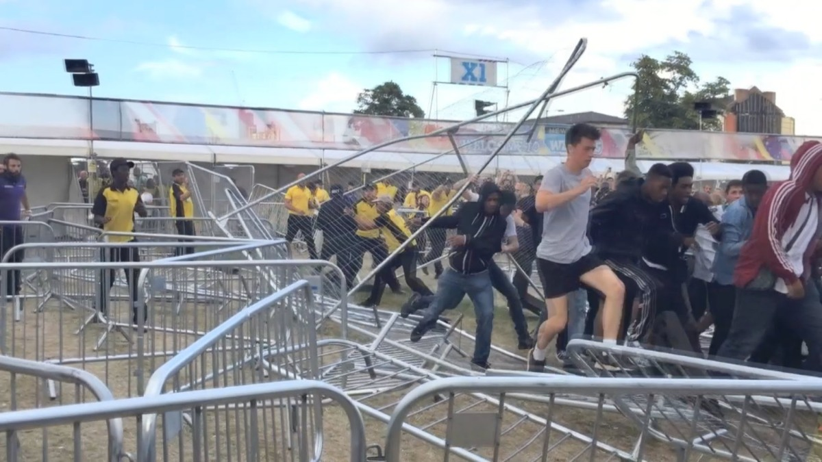Review: Rioting outside Wireless Festival (Finsbury Park, London, 4th July 2015)